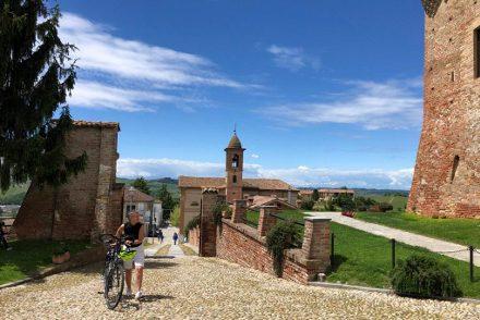 Fietsvakantie Piemonte Cuneo 8 dagen - Noord Italië uitgelichte foto