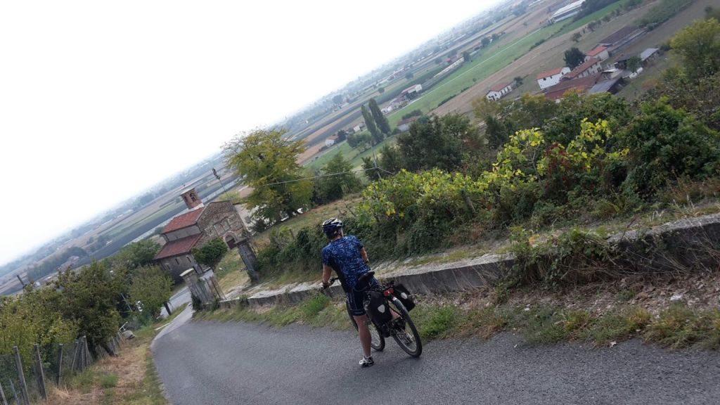 Fietsen in Piemonte Cuneo Noord Italië (14)