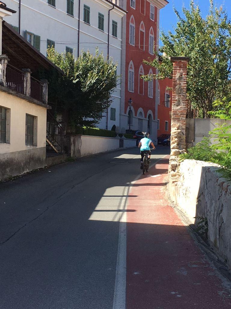 Fietsen in Piemonte Cuneo Noord Italië (20)