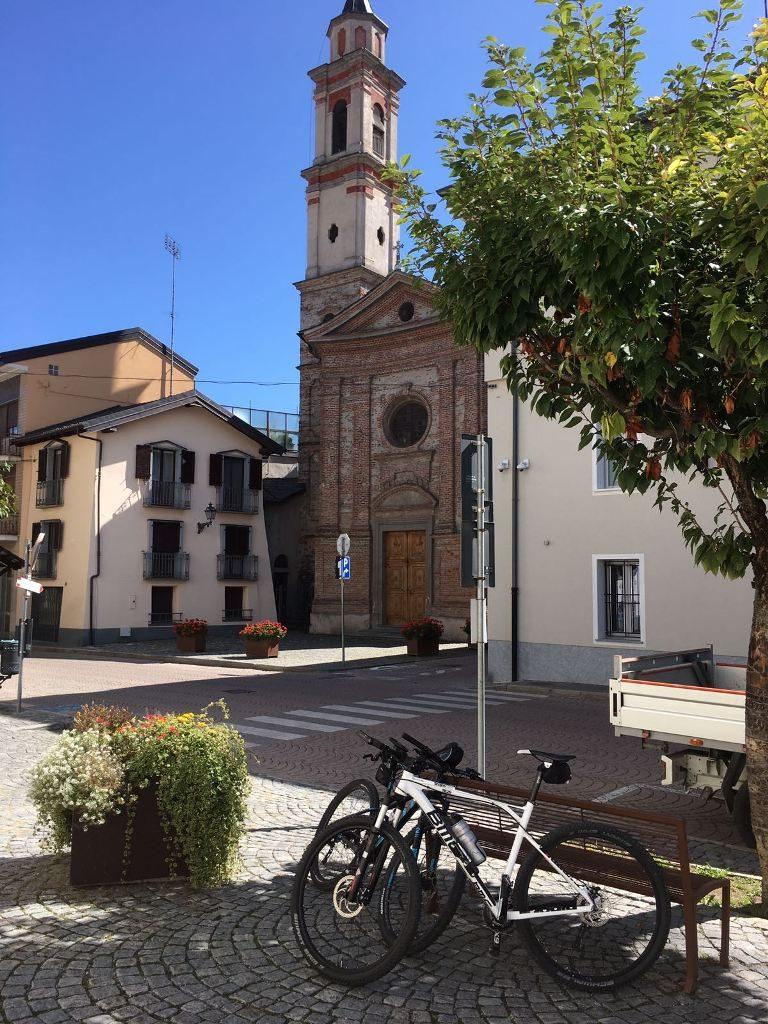 Fietsen in Piemonte Cuneo Noord Italië (21)