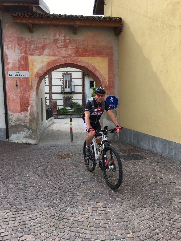 Fietsen in Piemonte Cuneo Noord Italië (25)
