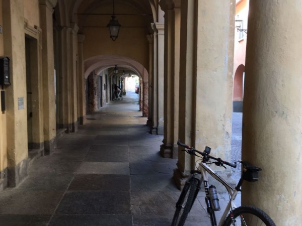 Fietsen in Piemonte Cuneo Noord Italië (29)