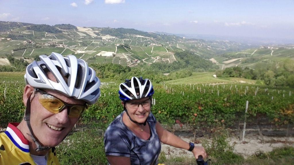 Fietsen in Piemonte Cuneo Noord Italië (7)