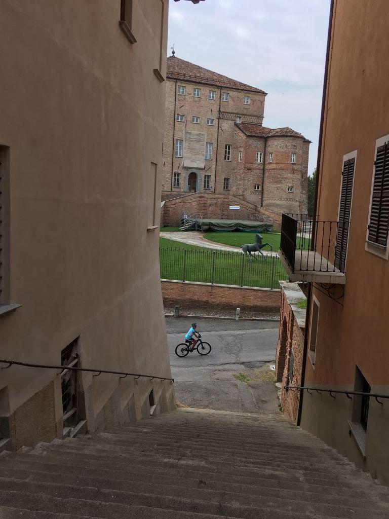Fietsen in Piemonte Cuneo Noord Italië (9)