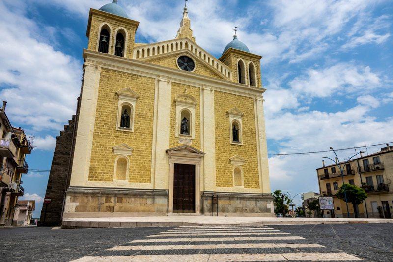 Fietsvakantie Puglia Basilicata - wijn en kastelen