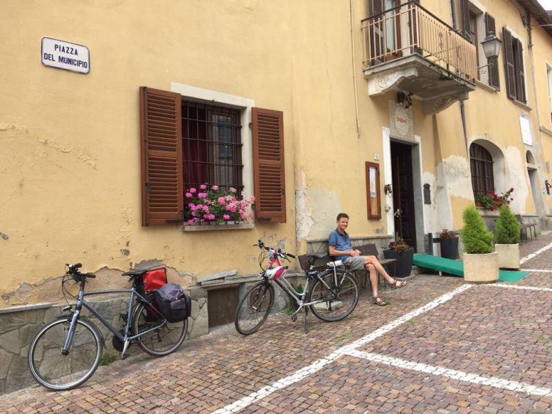 Fietsvakantie Piemonte Cuneo Noord Italië (5)