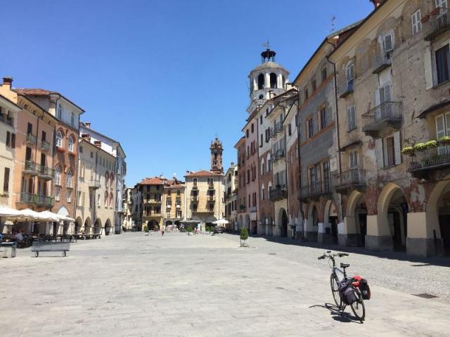 Fietsvakantie Piemonte Cuneo Noord Italië (6)